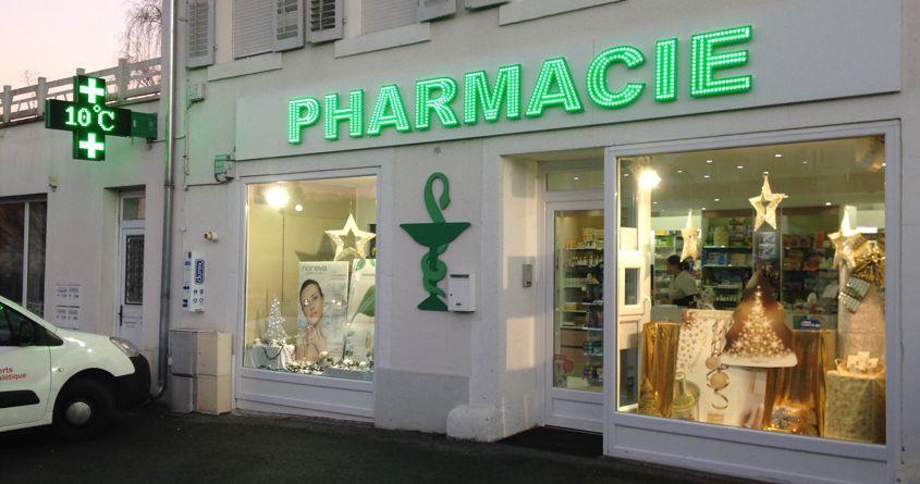 Pharmacie croix enseigne